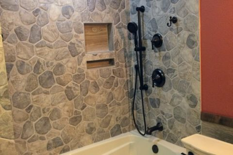 North Richland Hills – Guest Bathroom